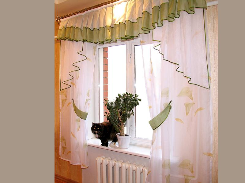 Дизайн штор для маленькой кухни фото